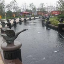 合富峰景中心花园雕塑