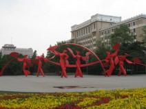 昆明歌剧院《歌舞升平》雕塑工程案例