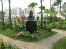 中山东升小学校园雕塑