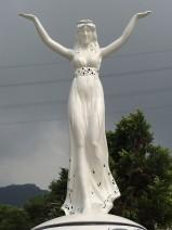 不锈钢雕塑《大地女神》